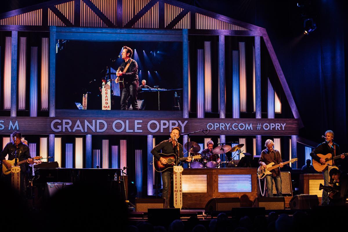 Charles Esten på the Grand Ole Opry i Nashville
