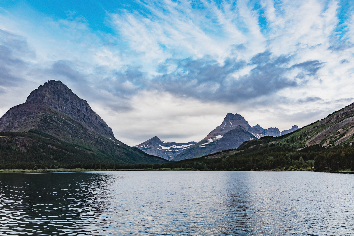 Soluppgång vid Many Glacier | Glacier National Park | Montana,